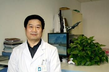 北京大学第一医院计算机中心主任  马靖翔