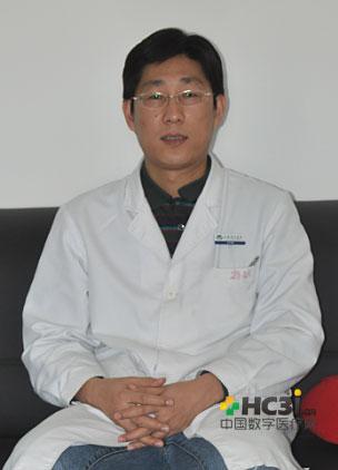 安贞医院心外科副主任医师,首都医科大学副教授 硕士导师 张海波